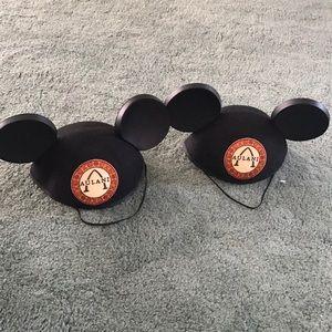 Disney Aulani Mickey Mouse ears hat set